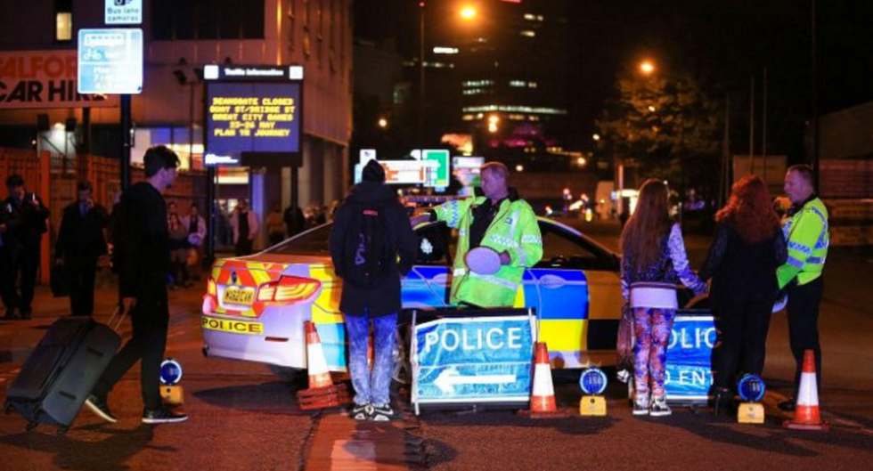 #RoomForManchester: Strangers Offer Help And Kindness In The Aftermath Of Manchester Explosion