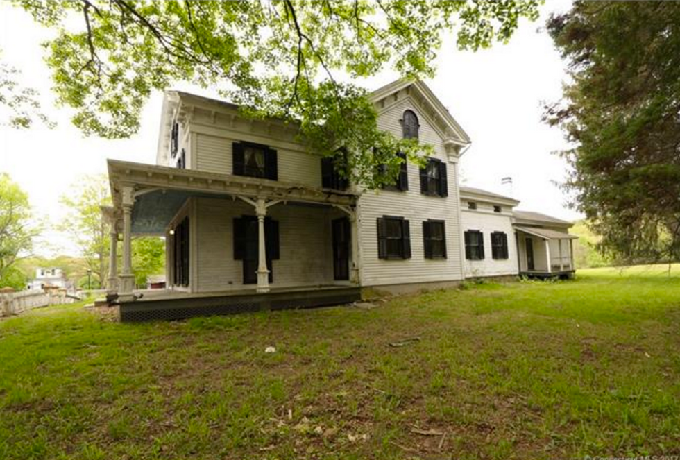 For The Price Of A Home In LA, You Can Buy An Entire Connecticut Town