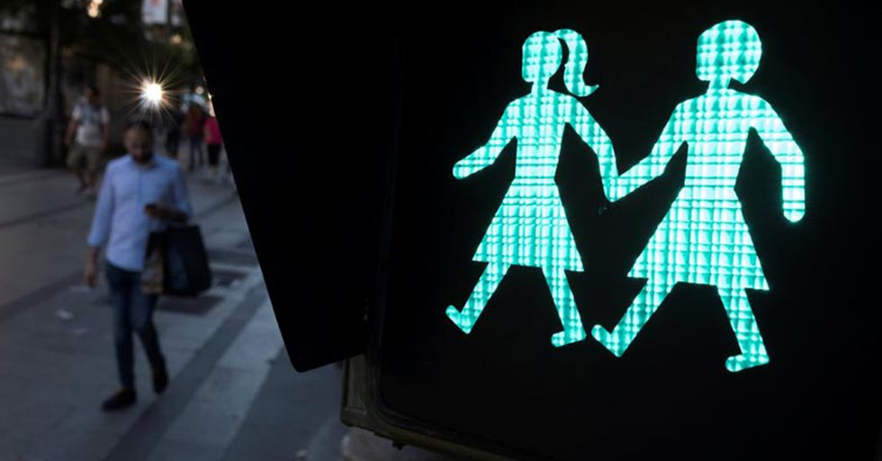 Madrid Installs Images of Same-Sex Couples On Crosswalk Lights In Honor Of World Pride Festival