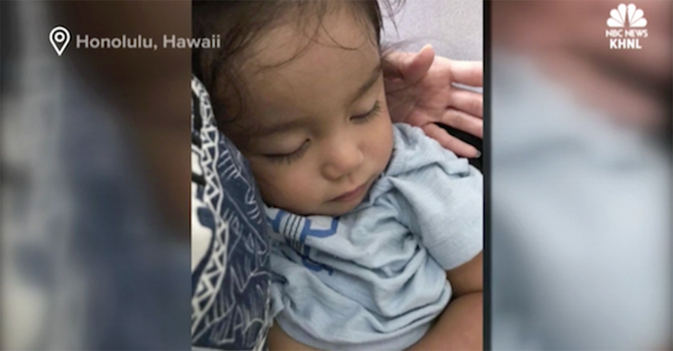 United Airlines Apologizes Again. This Time For Booting A Toddler Out Of A Paid Seat