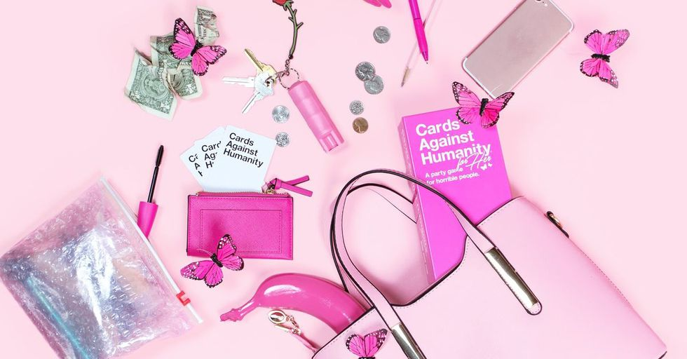 Cards Against Humanity Mocks Sexist Marketing Tactics With A Special 'For Her' Edition