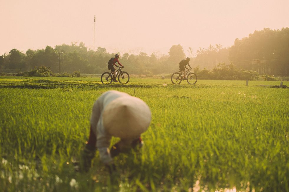 Mountain Biker Rides 1,200 Miles Across Vietnam ToRecreate Her Veteran Father's Last Moments On Earth