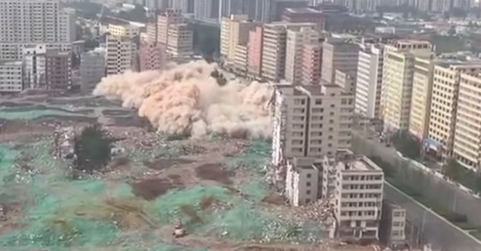 A Chinese City Demolished 36 Buildings In 20 Seconds With This Feat Of Engineering
