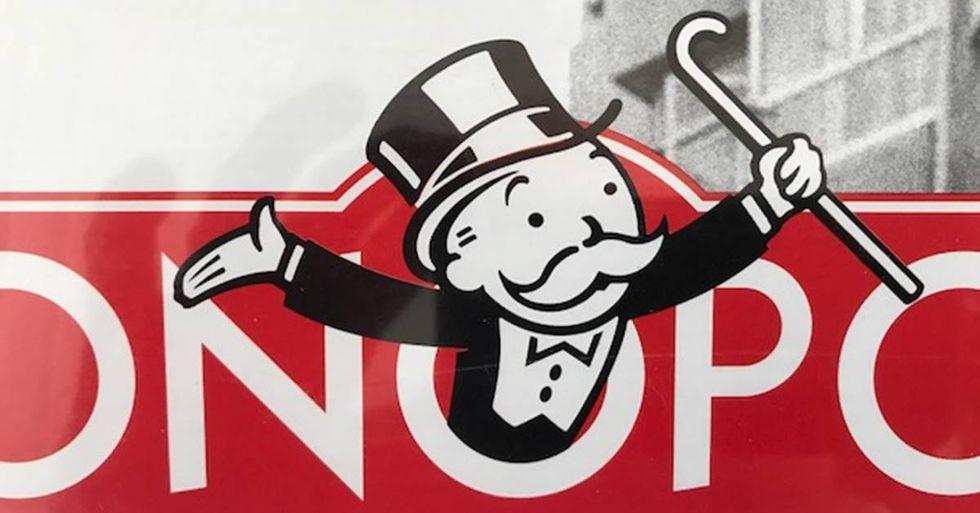 Hilarious Activist Trolls Senate Hearings Dressed As The Monopoly Man