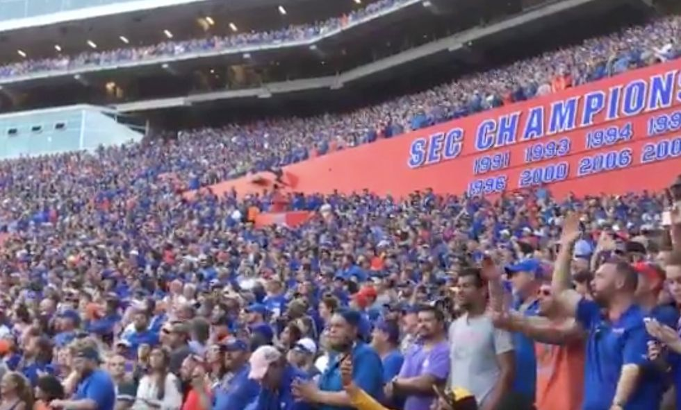 Florida Gators Fans Offered A Heartfelt Tribute To Tom Petty With An 'I Won't Back Down' Sing-Along