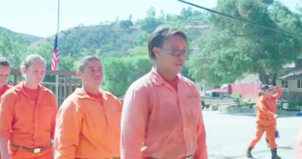 California Inmates Risk Their Lives Battling Fires For $1 An Hour