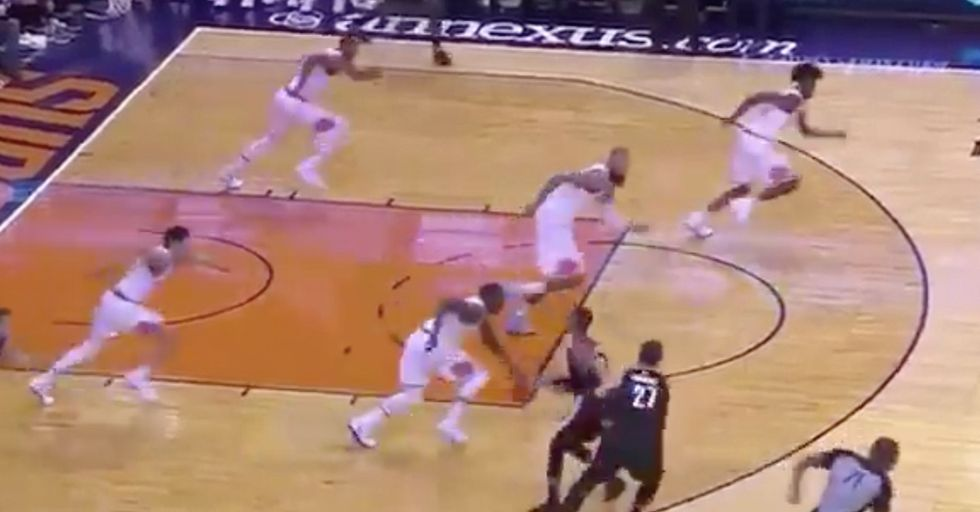 The Phoenix Suns Run The Court In Perfect Synchronization, Creating A Hypnotic Visual Effect