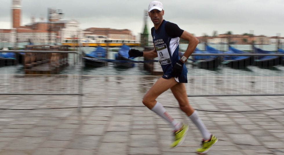 Italian Runner Wins Venice Marathon After Frontrunners Make A Disastrous Mistake