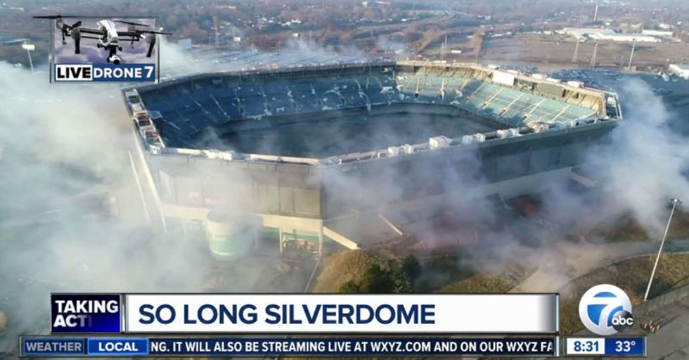 The Stubborn Pontiac Silverdome Refused To Collapse During Its Scheduled Demolition