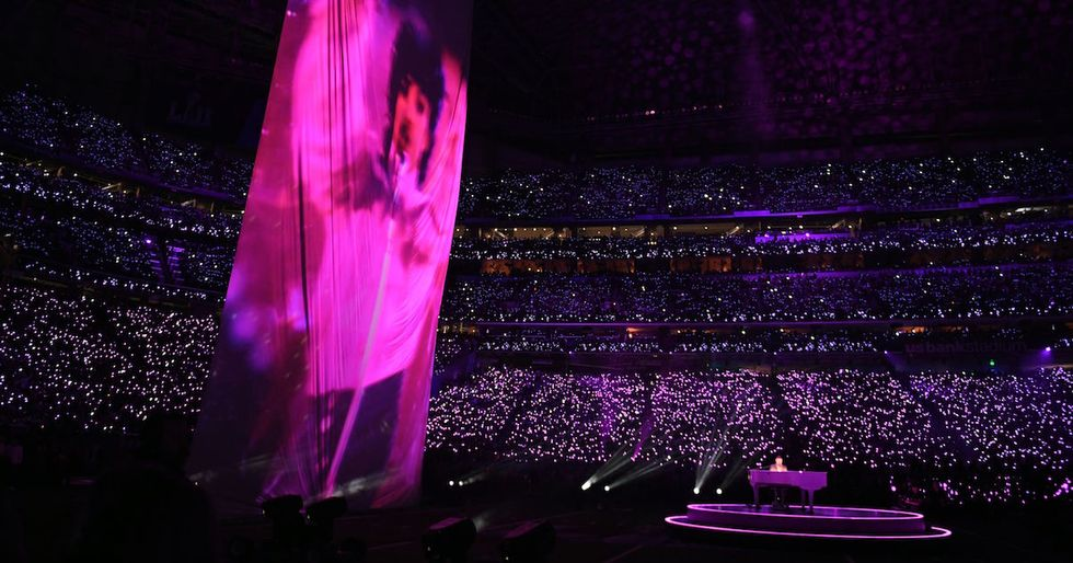 Rumored Prince Hologram Fails To Materialize During The Super Bowl Halftime Show