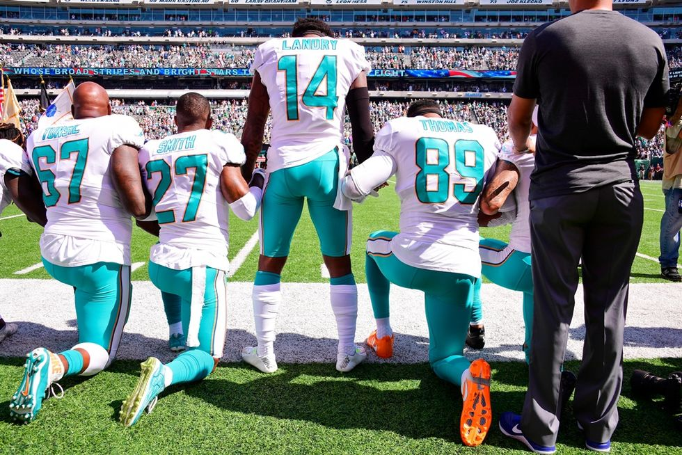 NFL Owner Promised Players Would Stand For Anthem But Then Backtracked