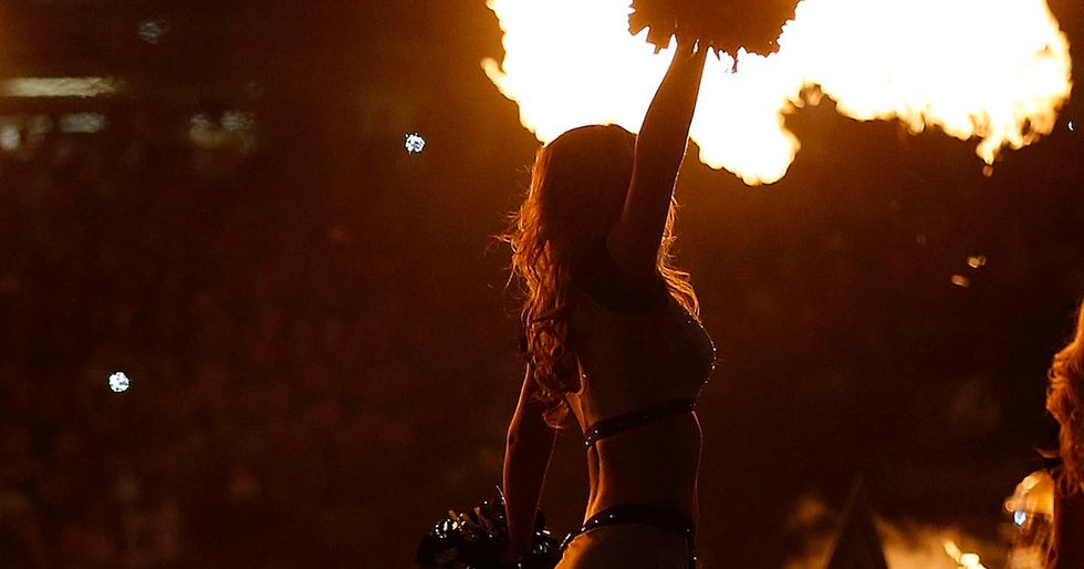 An NFL Cheerleader Fired For Breaking One-Sided Team Rules Is Suing For Discrimination