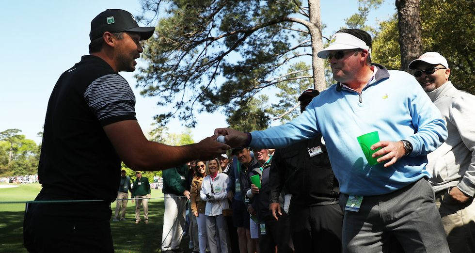 Pro Golfer Jason Day Had To Wait For A Fan To Pound A Beer To Get His Ball Back