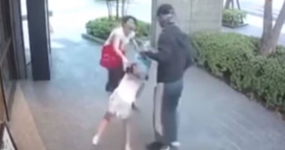 Chilling Video Shows A Heroic Mom Fighting Off A Kidnapper In Broad Daylight