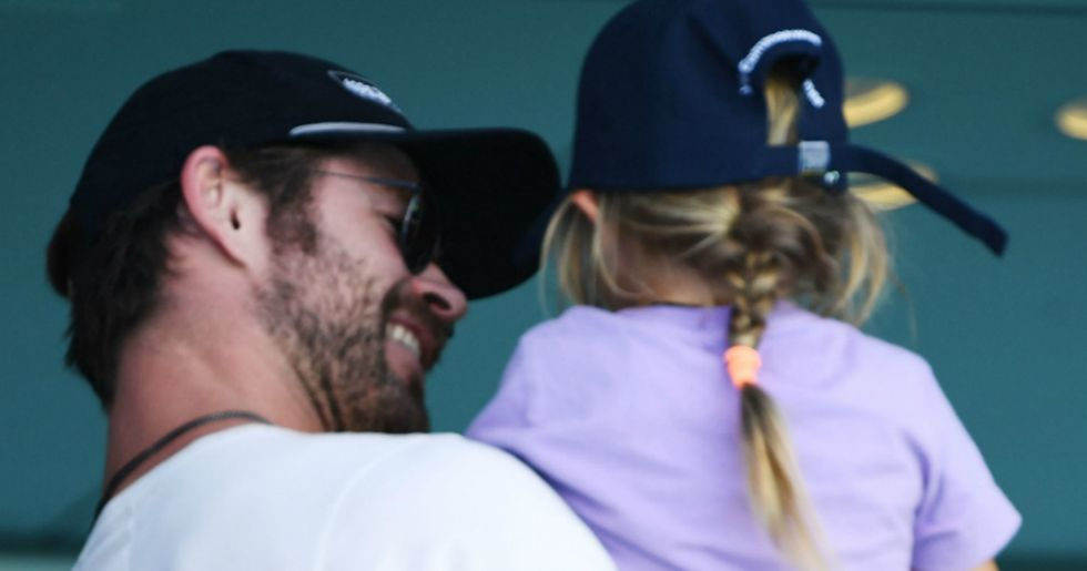 Chris Hemsworth's reaction to his daughter wanting a penis deserves a standing ovation.