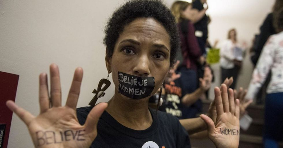 20 powerful photos from the protests in support of Christine Blasey-Ford.