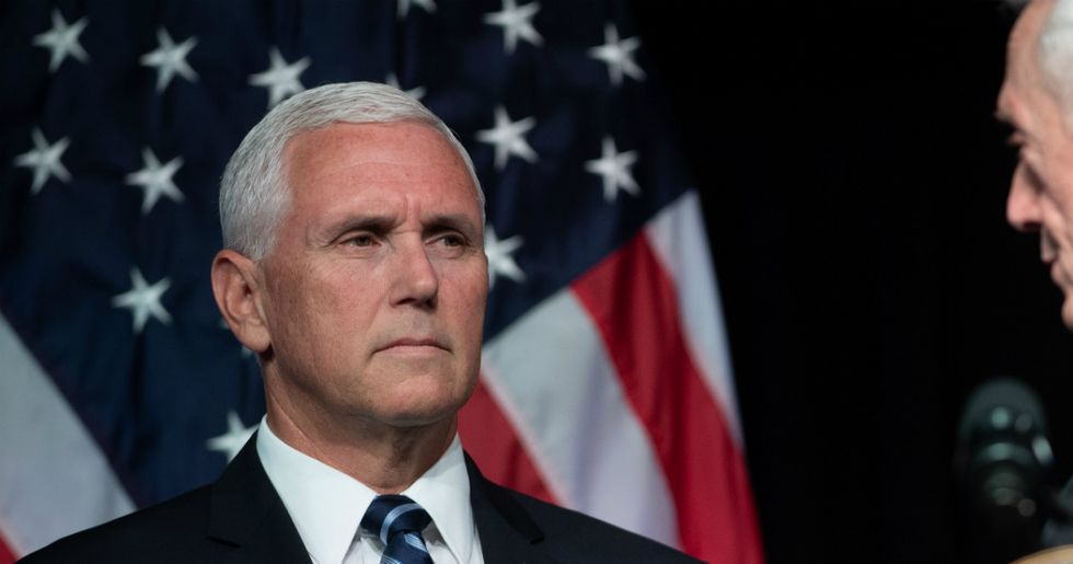 Mike Pence pays 'tribute' to the Jewish people murdered in a Pittsburgh synagogue with a fake, 'Christian' rabbi.