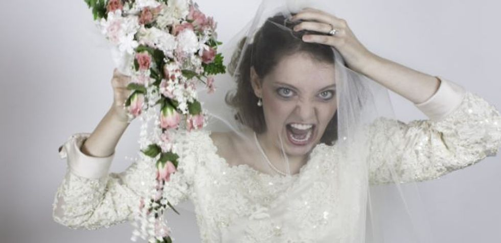 Bridezilla Enforces Ugly 1 000 Dress Code Based On Weight That S