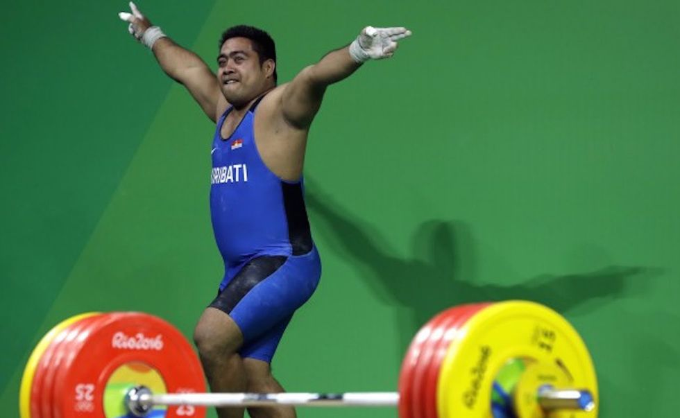 Weightlifter's Bizarre Flailing About In Middle Of Competition Makes Wonderful Sense