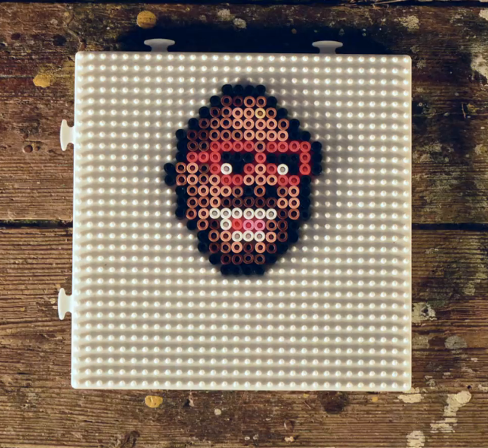 An 8-Bit Music Video Where The Pixels Are Made Out Of Beads