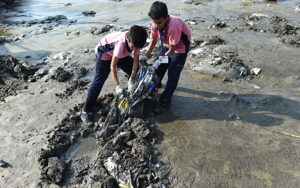 5,000 Tons Of Garbage Was Cleared Off A Mumbai Beach