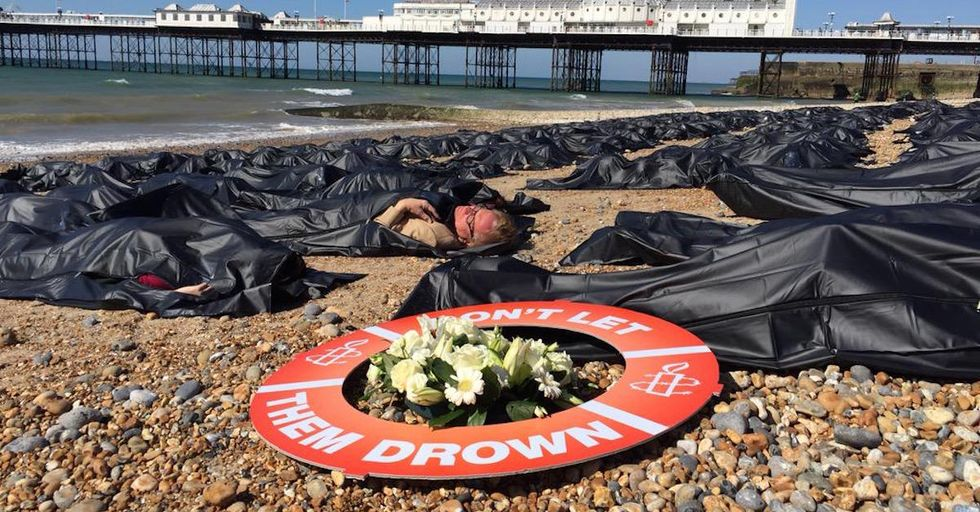 "BritishActivists Stage ""Body Bag Protest"" for Migrants' Lives"