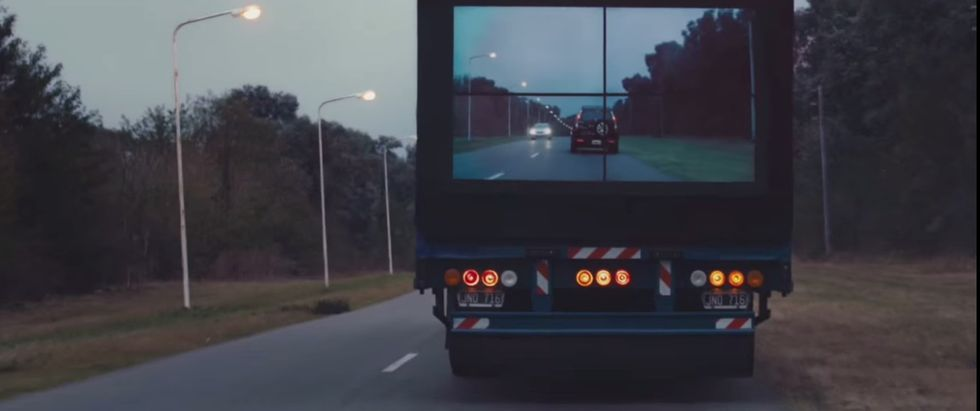 How TV Screens on Semi-Trucks Could Make the Roads a Safer Place