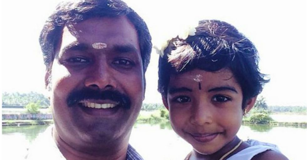 Indian Fathers Fight Female Infanticide With Selfies