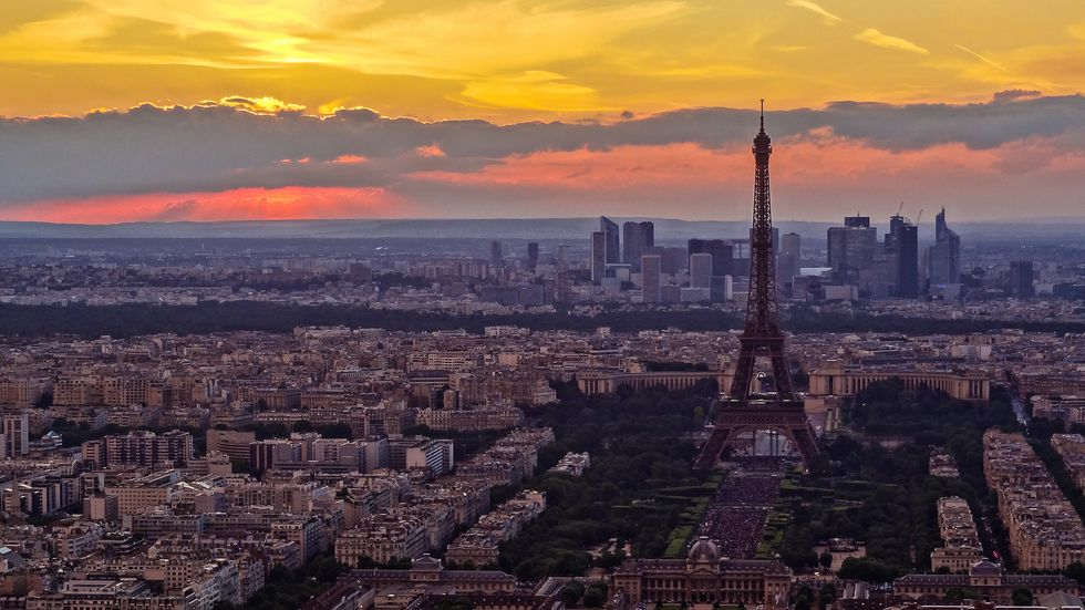 Ooh-La-La! Paris Is Going Car-Free for a Great Cause