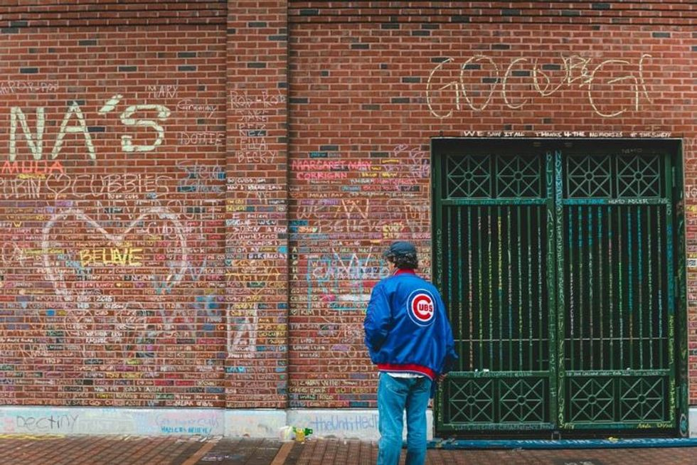 Cubs Fans Turn Wrigley Field Wall Into Stunning Memorial For Lost Loved Ones