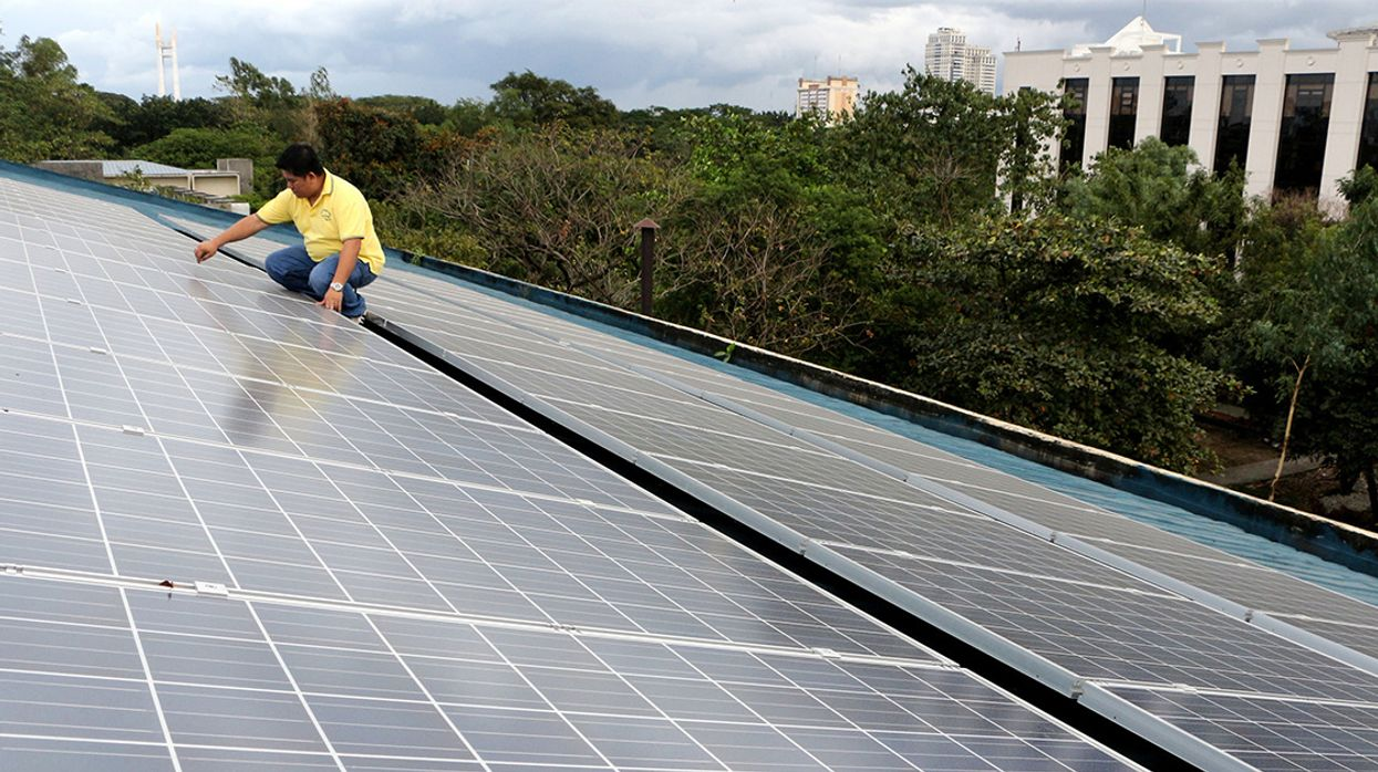 Manila's New Mayor Wants Solar Panels, Rainwater Collectors for City's Schools