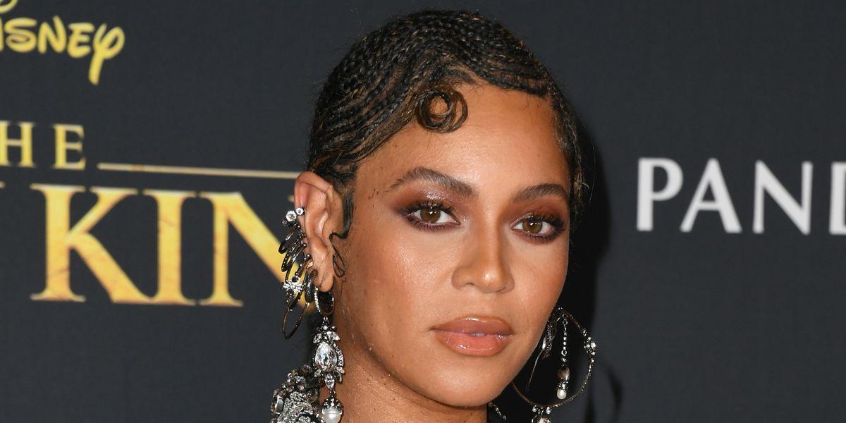 Beyoncé Sports Finger Wave Braids on the Red Carpet