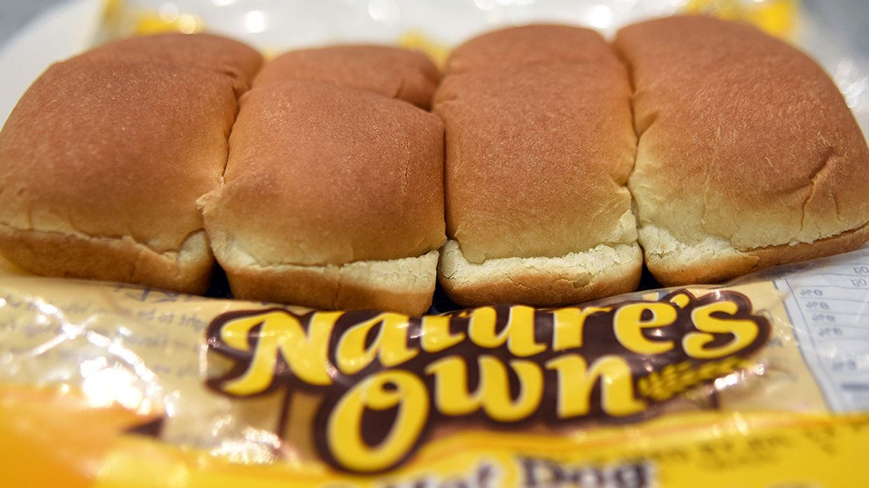 Hot Dog, Hamburger Buns Recalled Over Possible Plastic Contamination