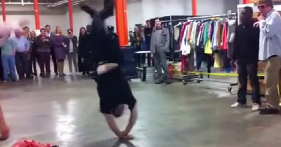 Street Performer Challenges NYPD Cop To A Dance Contest. Bad Idea.