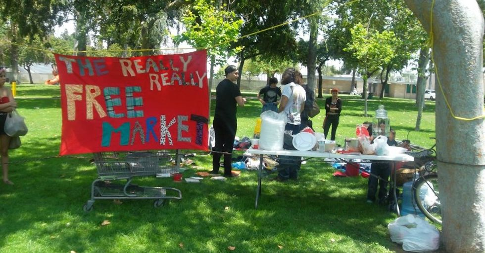 The Really, Really Free Market Is a Revolutionary Yard Sale