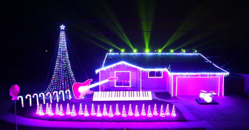Music Teacher Cleverly Convinces Neighbors To Put Up With His Mind-Blowing Light Show