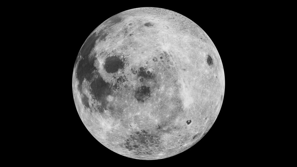 Attention Isaac Mizrahi: The Moon is a Moon