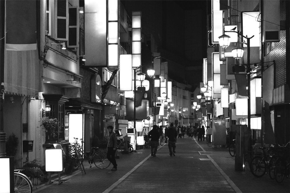 Tokyo Without The Advertisements Is Hauntingly Beautiful