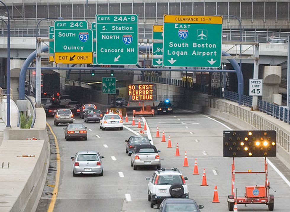 Driving App Waze Helps Solve the Maze and Traffic of Boston's Roads