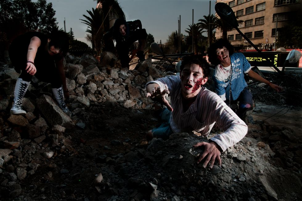 The Safest Places to Hide in a Zombie Apocalypse, According to Scientists