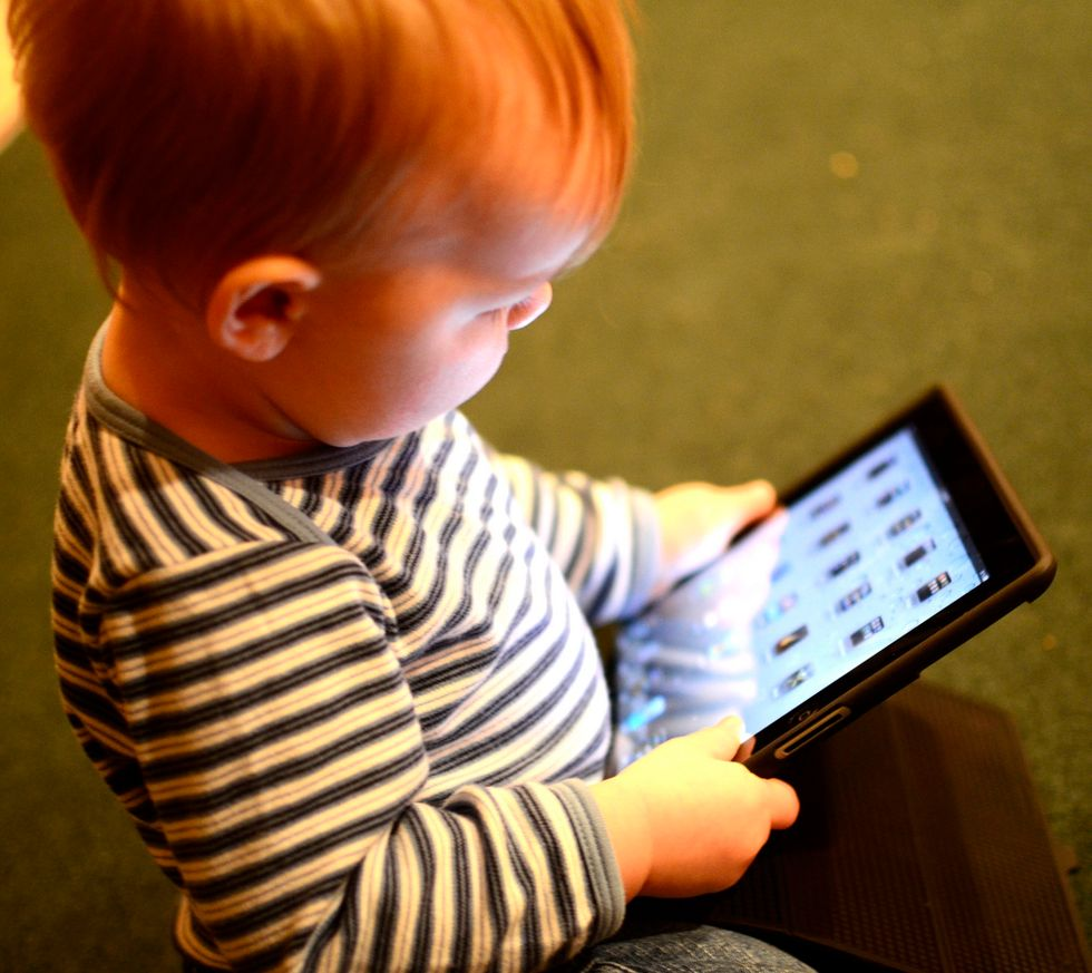YouTube Kids App Under Fire for Advertising to Kids