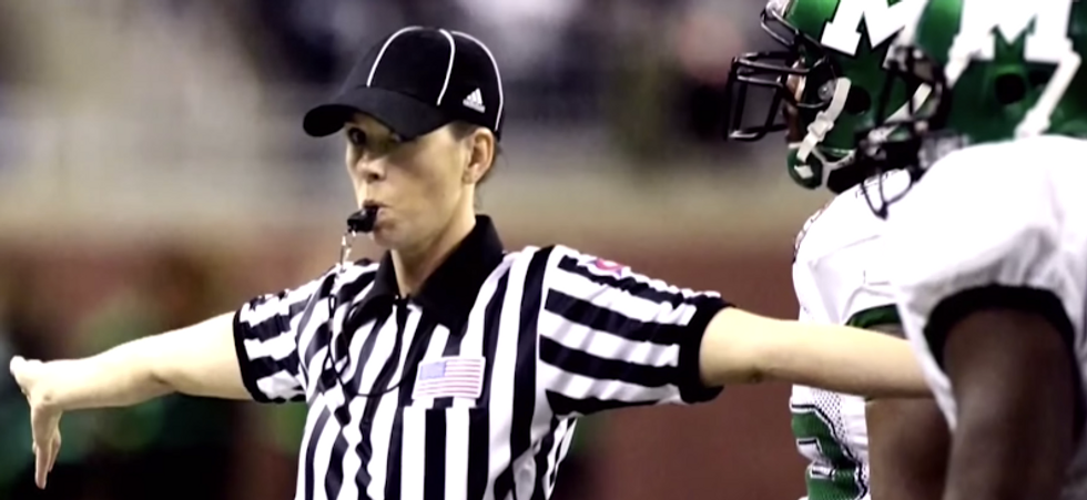 Sarah Thomas: NFL's First Female Referee