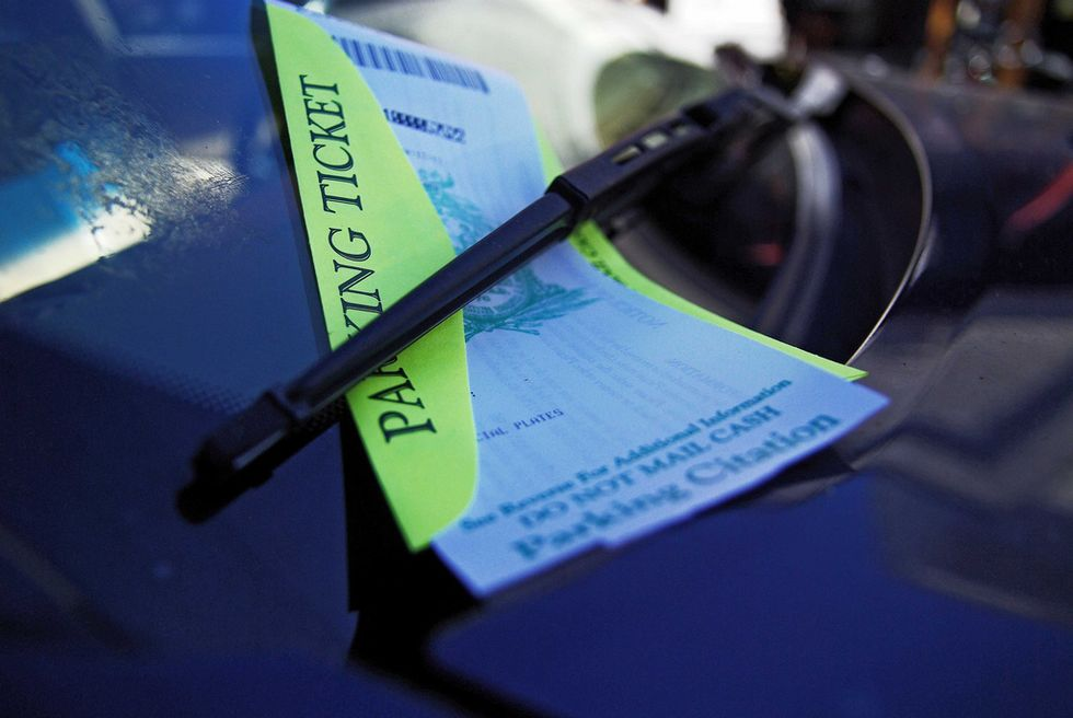 Los Angeles Rolls Out NewIdiot-Proof Parking Signs