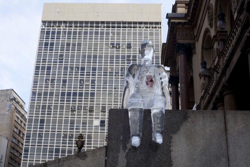 Brazilian Ice Sculptures Encourage Organ Donation via Great Design