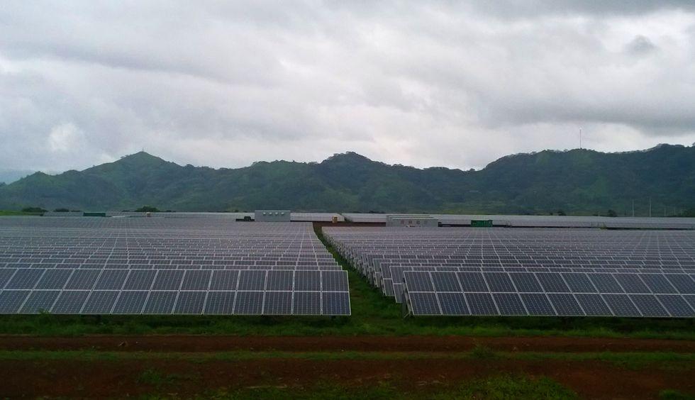 "Hawaiian Lawmakers Say ""Aloha"" to 100 Percent Renewable Energy by 2045"