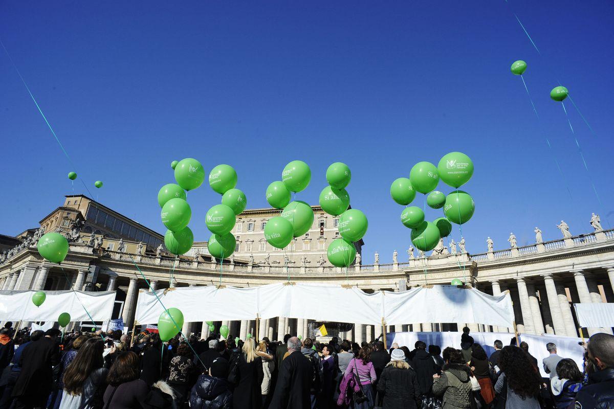 Pro Vita e Famiglia: «Pur di fermare l'eutanasia pronti alla piazza. Governo avvertito»