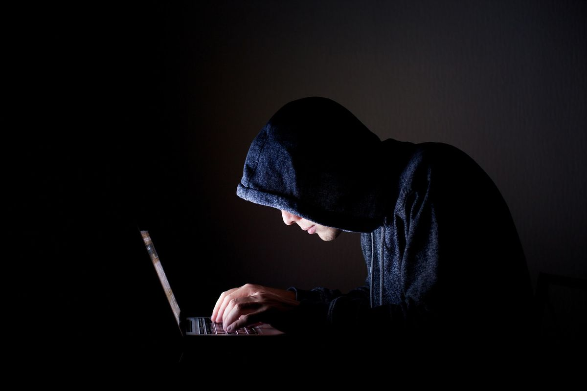 Un pronto soccorso per i «vampiri» che consumano la loro vita online