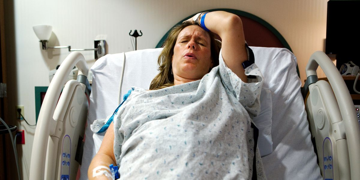 Some hospitals aren't letting women push during birth when they need to—and that's not okay