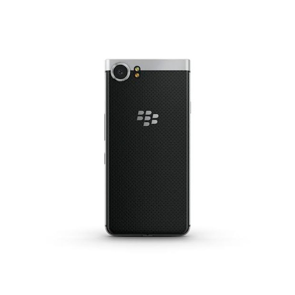 blackberry keyone 02
