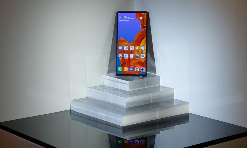 Huawei-pieghevole-1